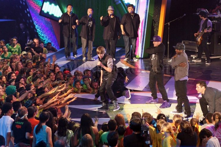 03_28_2010_Kids Choice Awards_7.jpg