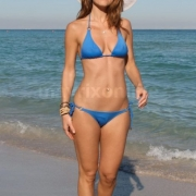 Menounos Boyfriend Beach_12_30_11_001